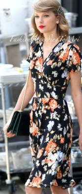 taylor-swift-florals-gallery-lead